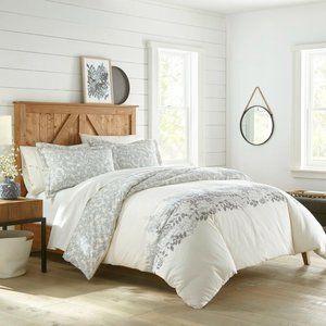 Viqueque Reversible Comforter Set